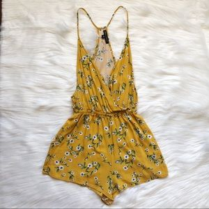 Kendall ana Kylie Floral Romper